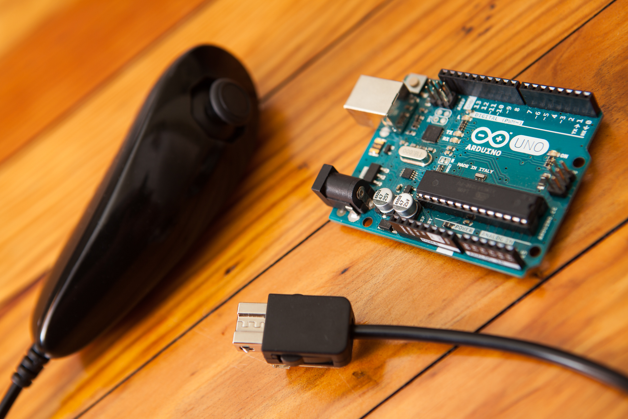 How to Use a Wii Nunchuk with an Arduino