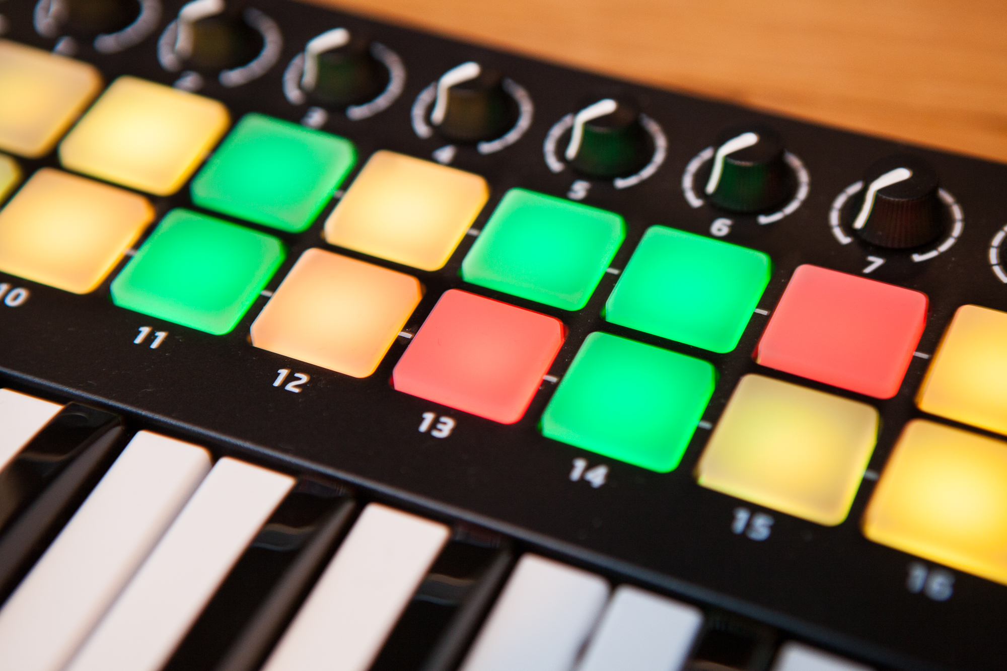 How to Control the LEDs on a Novation Launchkey Mini II