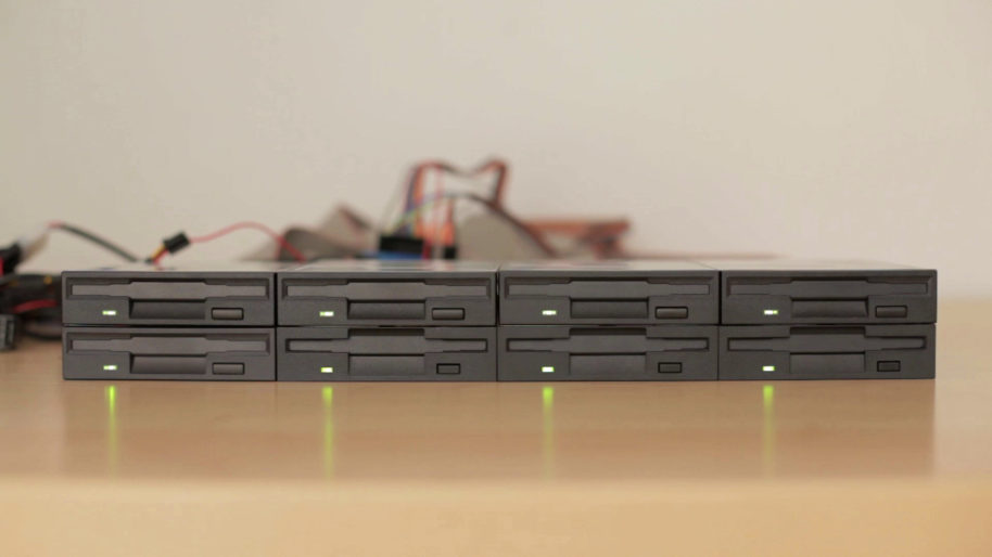 "8 Musical Floppy Drives Play ""Cara Mia Addio"""