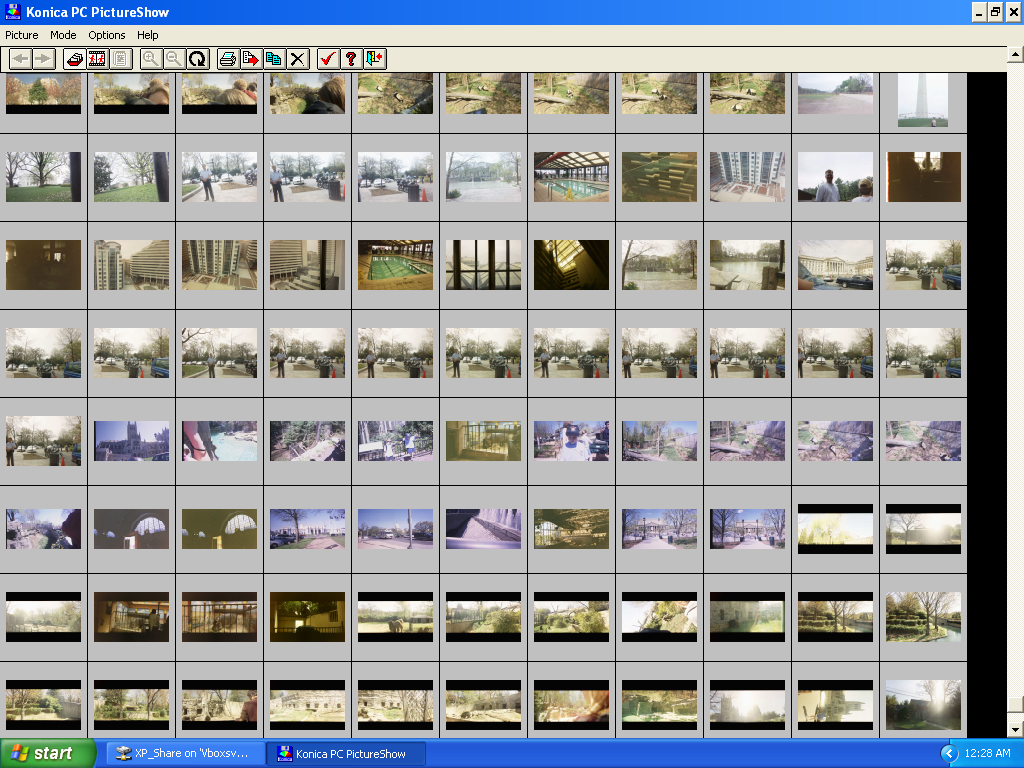 Images loaded and visible in Konica PC PictureShow v3.70 (2001)